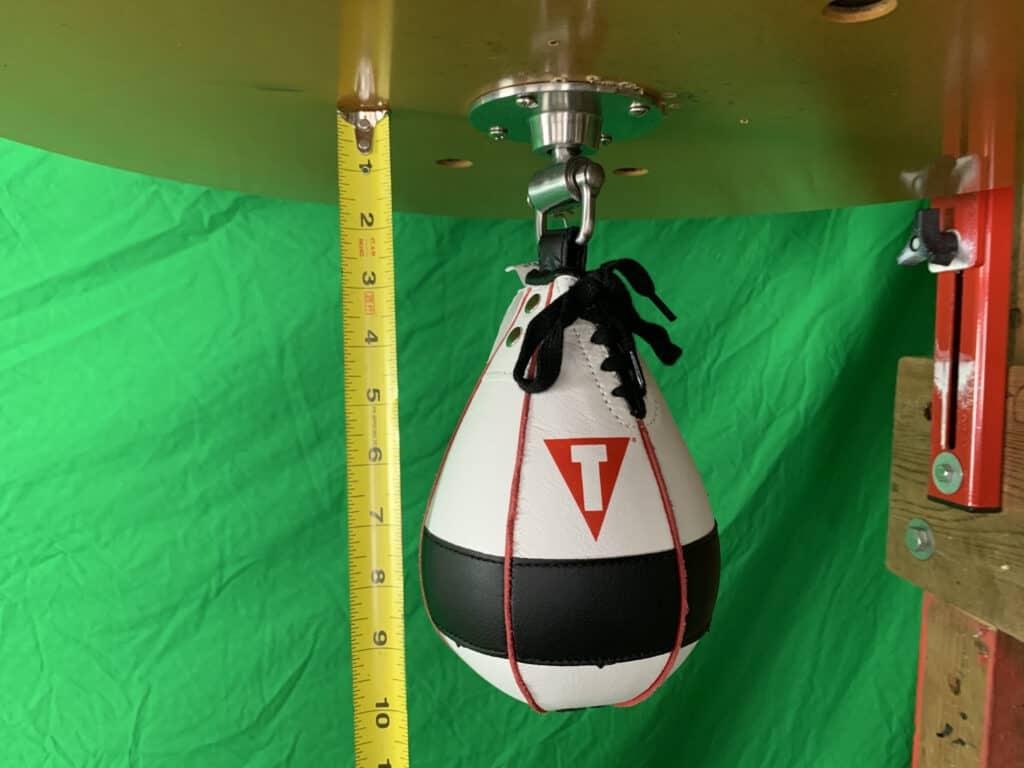 Title Lightning Fast Speed Bag - Short Bag on a SHort Swivel