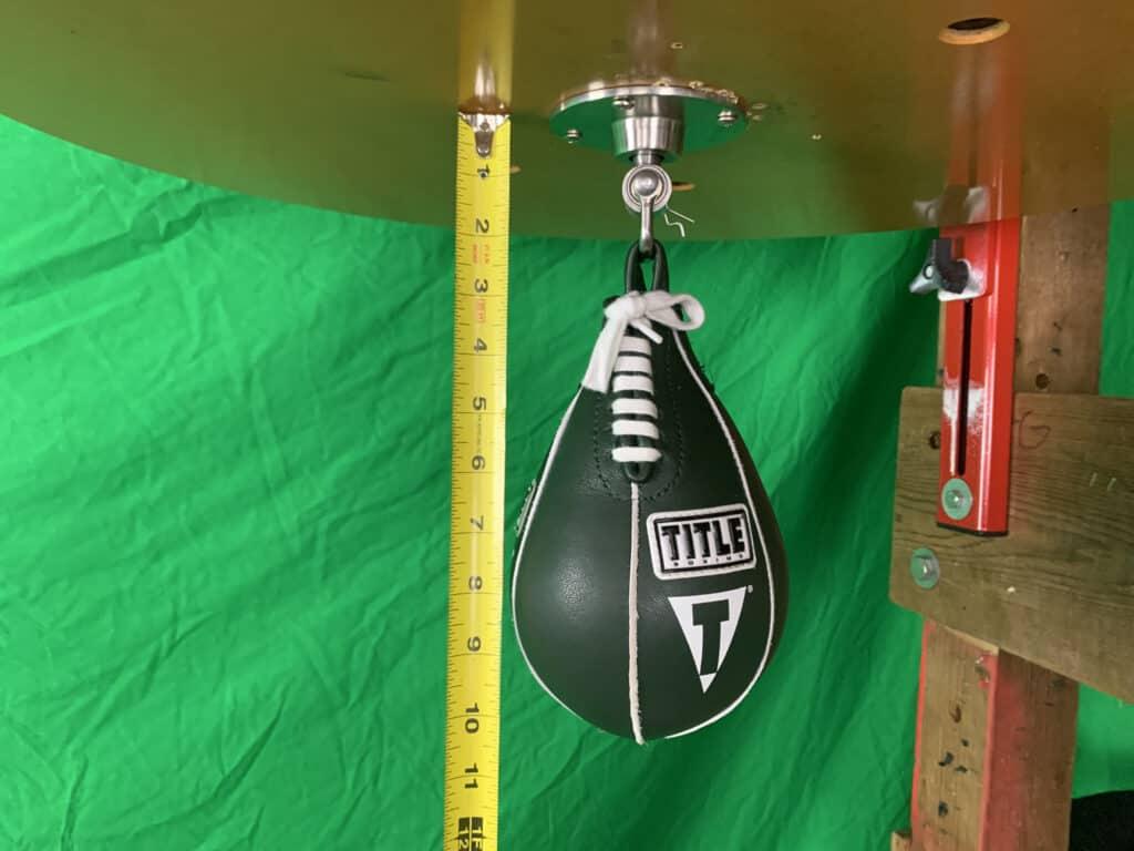 Title Super Speed Bag 4x7 on Lightning Fast Swivel 4