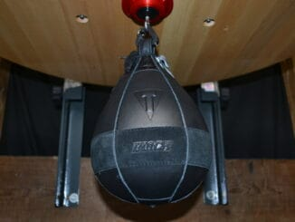 Title Boxing Black Speed Bag 2 Review (3)